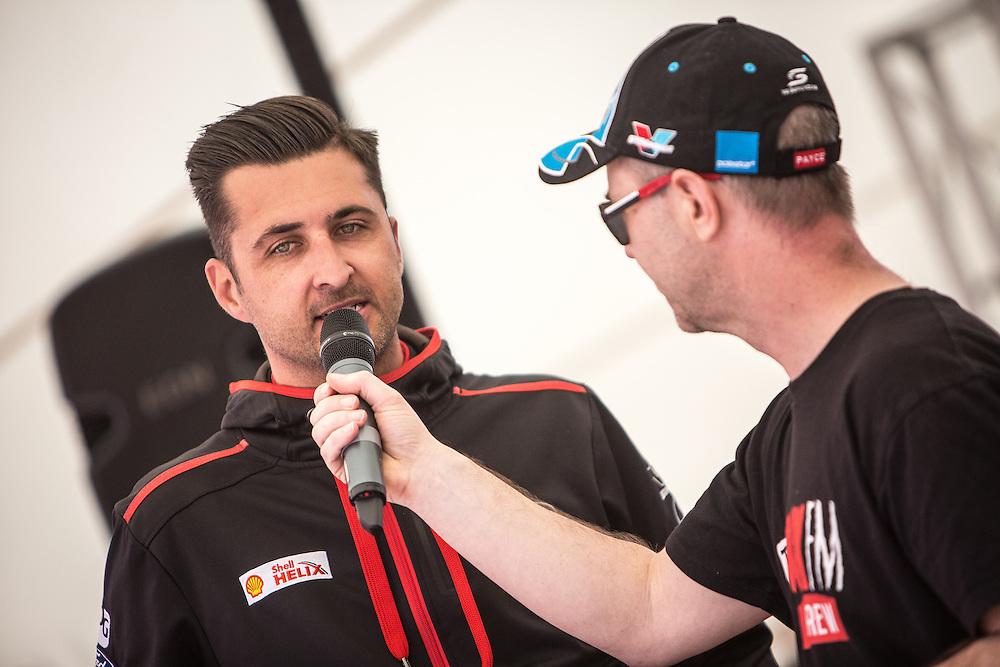 V8 Super car fan day. Fabian Coulthard. 3 November 2016.  Photo:Gareth Cooke/Subzero Images