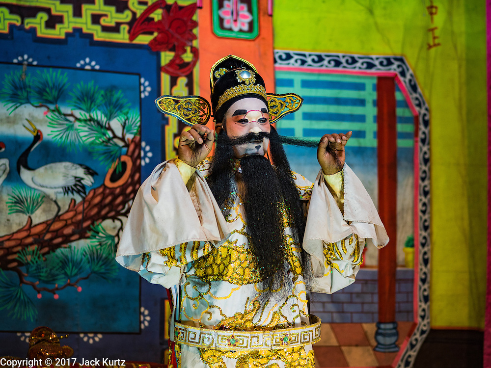 04 FEBRUARY 2017 - BANGKOK, THAILAND: A Chinese opera performing for the Lunar New Year at the Phek Leng Keng Shrine in the Khlong Toey section of Bangkok. Many Chinese shrines and temples host Chinese operas during the Lunar New Year. Lunar New Year was January 28 this year and opera troupes are finishing their holiday engagements at the local temples.     PHOTO BY JACK KURTZ