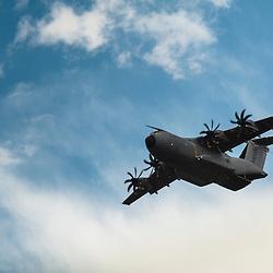 Participation de l'Airbus A400M de Airbus Military &agrave; l'anniversaire des 60 ans de la Patrouille de France.<br /> Mai 2013 / Salon de Provence / Bouches du Rh&ocirc;ne(13) / FRANCE