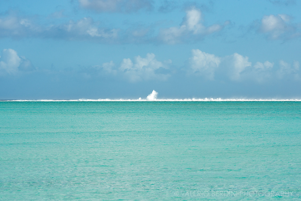 The vastness of the lagoon seen from Matira beach, in Bora Bora.