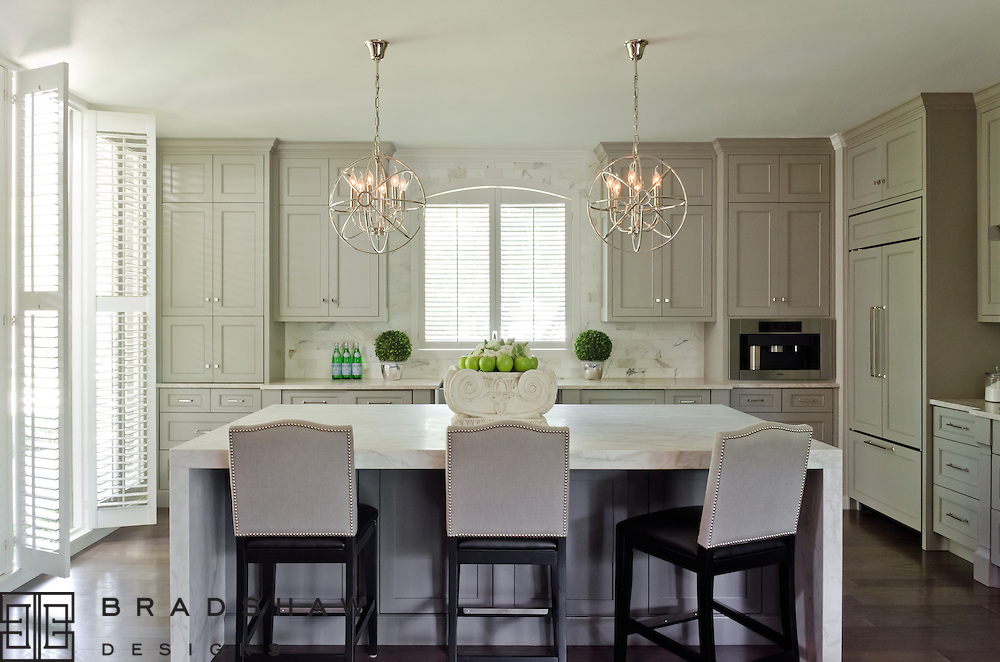 Award-winning kitchen design in Castle Hills neighborhood San Antonio by Bradshaw Designs!