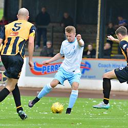 Josh Peters of Forfar takes on three defenders at Berwick.....(c) BILLY WHITE | SportPix.org.uk