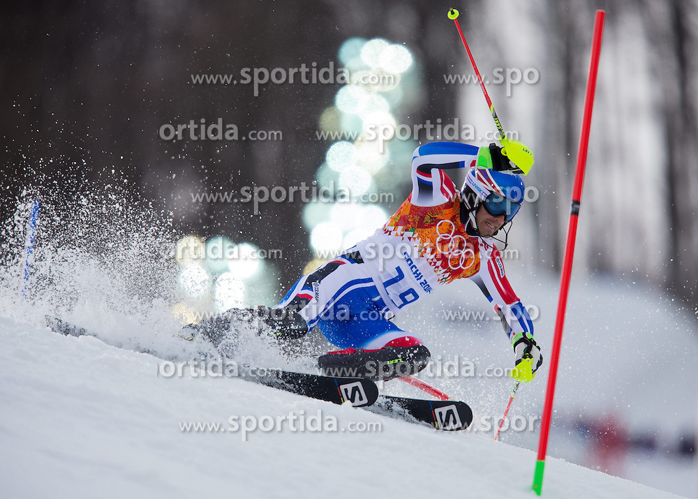 14.02.2014, Rosa Khutor Alpine Center, Krasnaya Polyana, RUS, Sochi 2014, Super- Kombination, Herren, Slalom, im Bild Thomas Mermillod Blondin (FRA) // Thomas Mermillod Blondin of France in action during the Slalom of the mens Super Combined of the Olympic Winter Games 'Sochi 2014' at the Rosa Khutor Alpine Center in Krasnaya Polyana, Russia on 2014/02/14. EXPA Pictures © 2014, PhotoCredit: EXPA/ Johann Groder