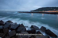 Early evening at the mouth of the River Urumea in San Sebastian.