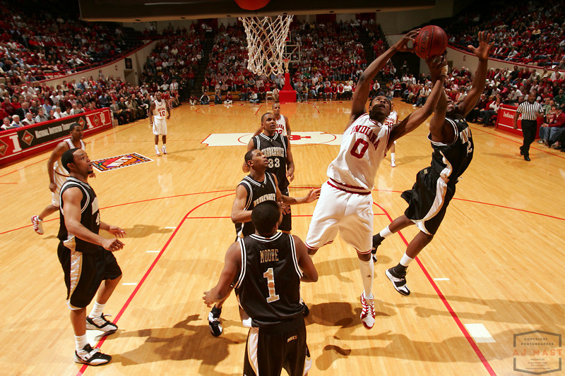 Indiana's Pat Ewing Jr. (0)  as Indiana lost 67-60 to Vanderbilt in the opening round of the 2005 NIT at Assembly Hall in Bloomington, Ind., Wednesday, March 15, 2005.  (Mandatory Credit: AJ Mast/Ronin Images)......***LOW RES FPO ONLY, HIGH RES AVALIBLE OFFLINE***