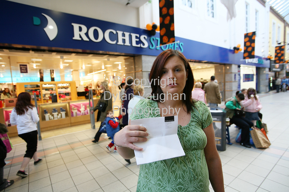 31/10/2006. Karen Lacey from Waterford pictured outside roches Stores in Waterford..Karen was a former department manager with roches stores before it was taken over by Debenhams, and was sacked by Debenhams for an alleged breach of contract..Picture Dylan Vaughan.For story ring Damien Tiernan at 0872455084