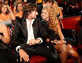 10/15/2009 - Los Premios MTV 09 Los Angeles - Backstage & Audience