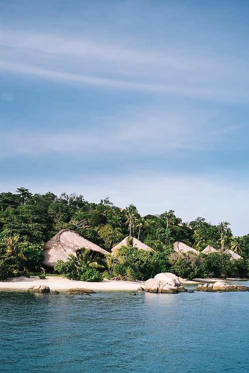 Beach villas on Cempedak Island