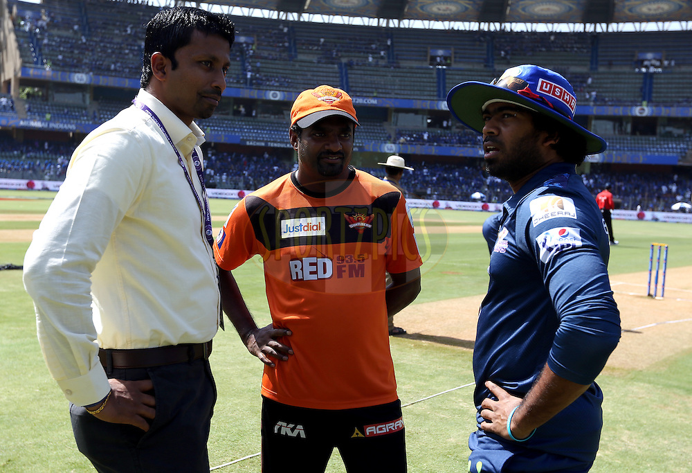 Russel Arnold commentetor( L TO R), muttiah muralitharan sunrisers coach and Mumbai Indians player Lasith Malinga before the match 23 of the Pepsi IPL 2015 (Indian Premier League) between The Mumbai Indians and The Sunrisers Hyferabad held at the Wankhede Stadium in Mumbai India on the 25th April 2015.<br /> <br /> Photo by:  Sandeep Shetty / SPORTZPICS / IPL