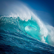The massive waves of Jaws on Maui's North Shore
