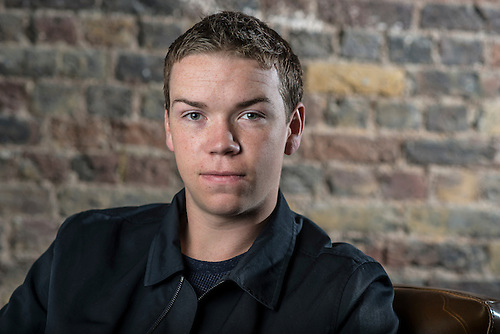 will poulter iboy