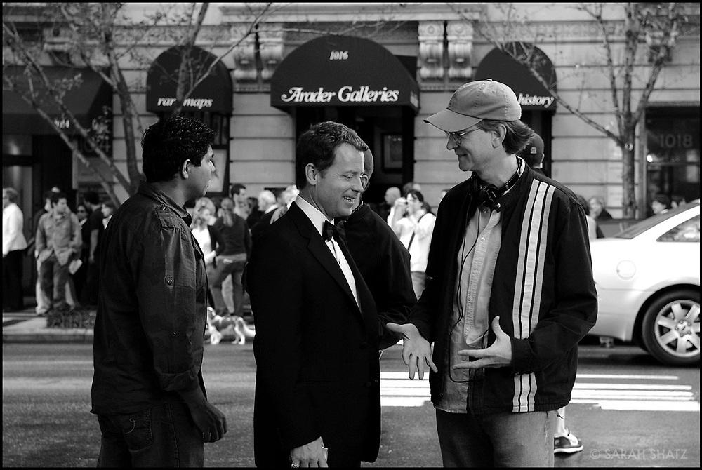 "Greg Kinnear, David Koepp on the set of ""Ghost Town"" (Dir: David Koepp, 2008)"