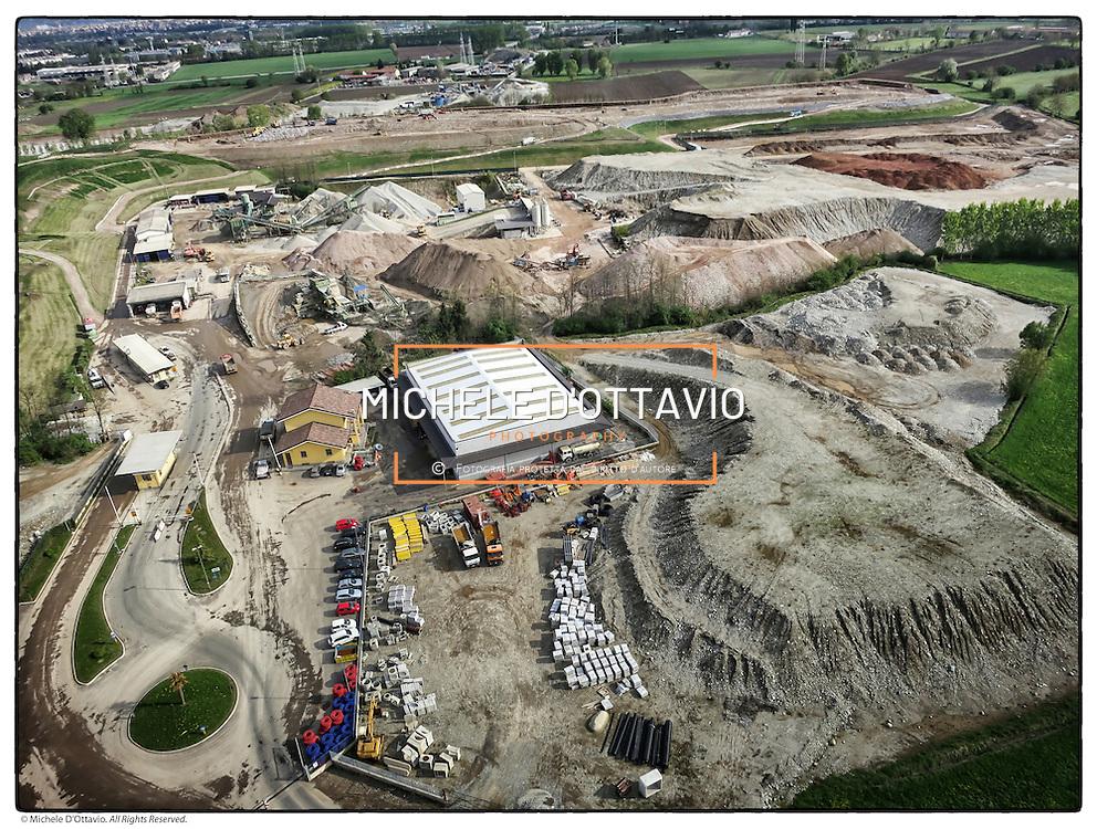 l'area di Strada Cassagna Pianezza (To) ospita la discarica di rifiuti indifferenziati CIDIU e diverse cave