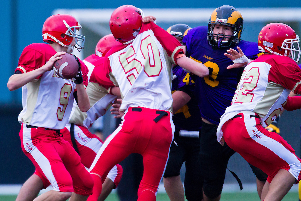 Mt.Doug Rams vs. W. J. Mouat Hawks Junior Football November 8, 2013