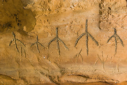 Arte rupestre em sitios arqueologicos de Olho D'Agua do Casado, em  Alagoas/ Brazilian archaeological sites. Rupestrian art in State of Alagoas, northeast of Brazil.Foto © Marcos Issa