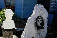 Translucent Marti and Che in San Luis, Pinar del Rio, Cuba.
