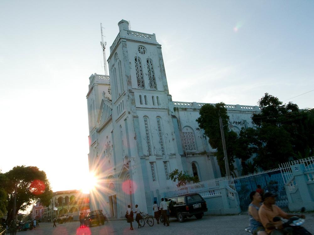 Les Cayes, Haiti. 6/10/2009. Photo by Ben Depp
