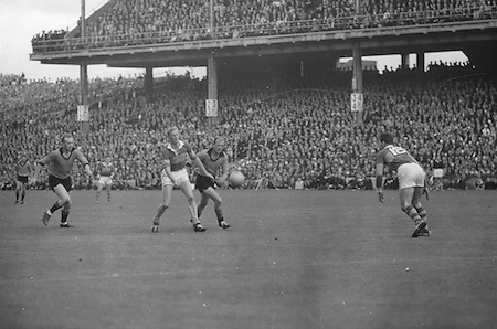 All Ireland Senior Football Championship Final, Kerry v Down, 22.09.1968, 09.22.1968, 22nd September 1968, Down 2-12 Kerry 1-13, Referee M Loftus (Mayo)..M.O'Connell (Kerry) and P. Rooney (Down) tussle for possesion in mid field,