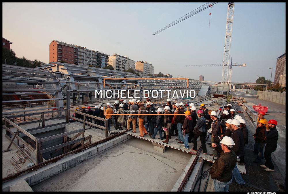 14/10/2010 Torino cantiere nuova stazione di Porta Susa ..Visite guidate alla città in costruzione ad alcuni dei più interessanti cantieri attualmente in corso a Torino organizzate dall'Urban Center Metropolitano, con la collaborazione e il sostegno del Collegio Costruttori Edili Ance Torino...