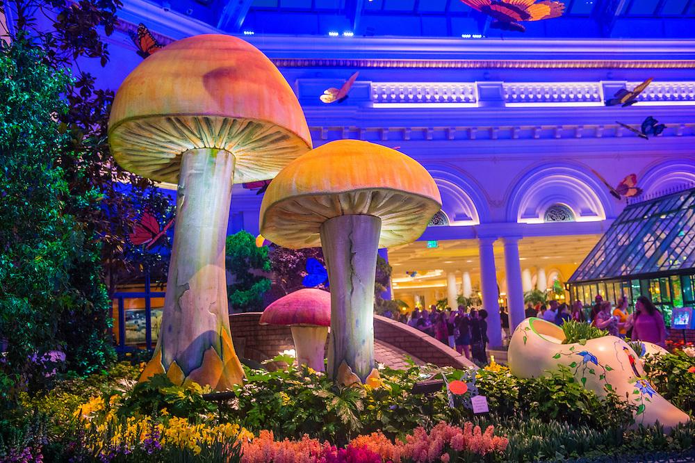Bellagio Hotel Conservatory Botanical Gardens Kobby