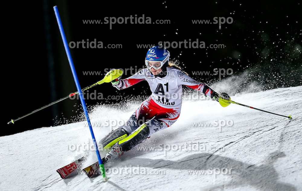 13.01.2015, Hermann Maier Weltcupstrecke, Flachau, AUT, FIS Weltcup Ski Alpin, Flachau, Slalom, Damen, 1. Lauf, im Bild Bernadette Schild (AUT) // Bernadette Schild of Austria in action during 1st run of the ladie's Slalom of the FIS Ski Alpine World Cup at the Hermann Maier Weltcupstrecke in Flachau, Austria on 2015/01/13. EXPA Pictures © 2015, PhotoCredit: EXPA/ Johann Groder