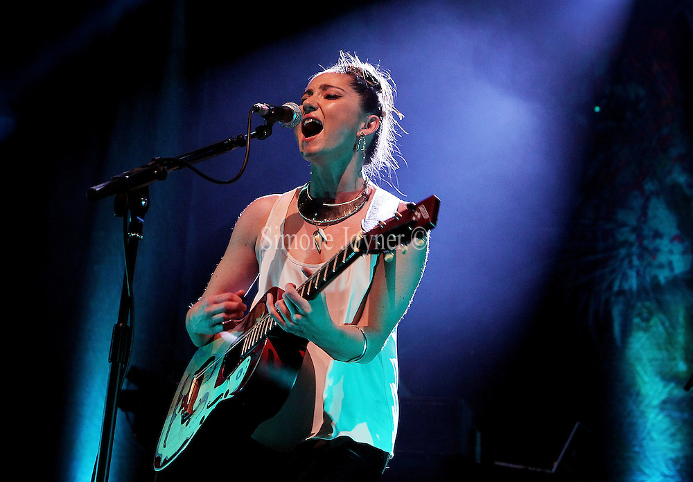 LONDON, ENGLAND - MARCH 08:  Scottish singer-songwriter, KT Tunstall performs live on stage at HMV Forum in Kentish Town on March 6, 2011 in London, England.  (Photo by Simone Joyner/Getty Images)