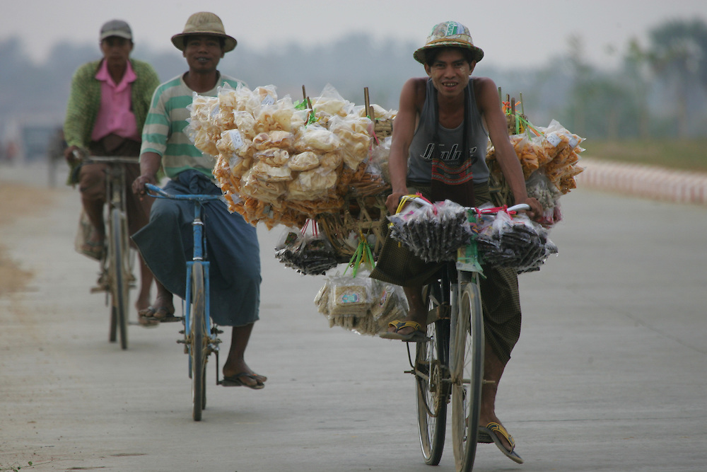 Burmese workers are seen in the new capital city of Naypyidaw.