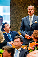 DEN HAAG -  Theo Hiddema (FvD) en tHierry baudet legt de eed af tijdens de installatie van de nieuwe Kamerleden na de Tweede Kamerverkiezingen.  ROBIN UTRECHT<br /> democratie formatie holland installatie kabinetsformatie kamerleden kiezen nieuwe partijpolitiek politicus politiek tk2017 van