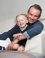 STAVANGER, 20150817: Alexsander Kristoff og kona Maren med barna Leo og Liam. FOTO: TOM HANSEN