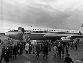 """1960 - Inaugural flight of new Irish Boeing Jetliner """"Padraig"""" to New York from Dublin Airport"""