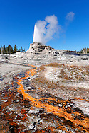 Castle geyser en Upper Geyser Basin, Yellowstone NP, Wyoming (Estados Unidos)