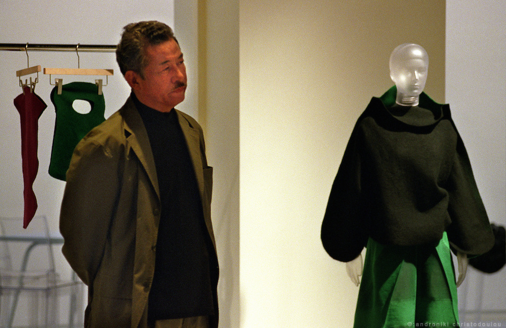 Issey Miyake at the presentation of the A-POC 12 collection in the exhibition room of A-POC studios. .A-POC by Issey Miyake - TOKYO.©: Androniki Christodoulou.