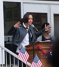 Alicia Keys Visits North Carolina A&T (Get Out to Vote Campaign)