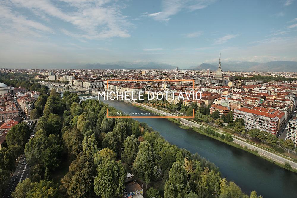Torino  Parco Fluviale del Po detto anche Po dei Re per le Residenze Sabaude presenti lungo il fiume.