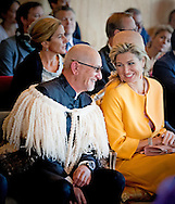 8-11-2016 CHRISTCHURCH - King Willem-Alexander and Queen Maxima of The Netherlands visit the Ngai Tuhu Marae for the Powhiri ceremony in Christchurch, New Zealand, 8 November 2016. The Dutch King and Queen are in New Zealand for an 3 day state visit. COPYRIGHT ROBIN UTRECHT koning willem alexander en koningin maxima brengen een 3 daags staatsbezoek aan nieuw-zeeland nieuw zeeland Bezoek aan Ngai Tuhu Marae hongi groet