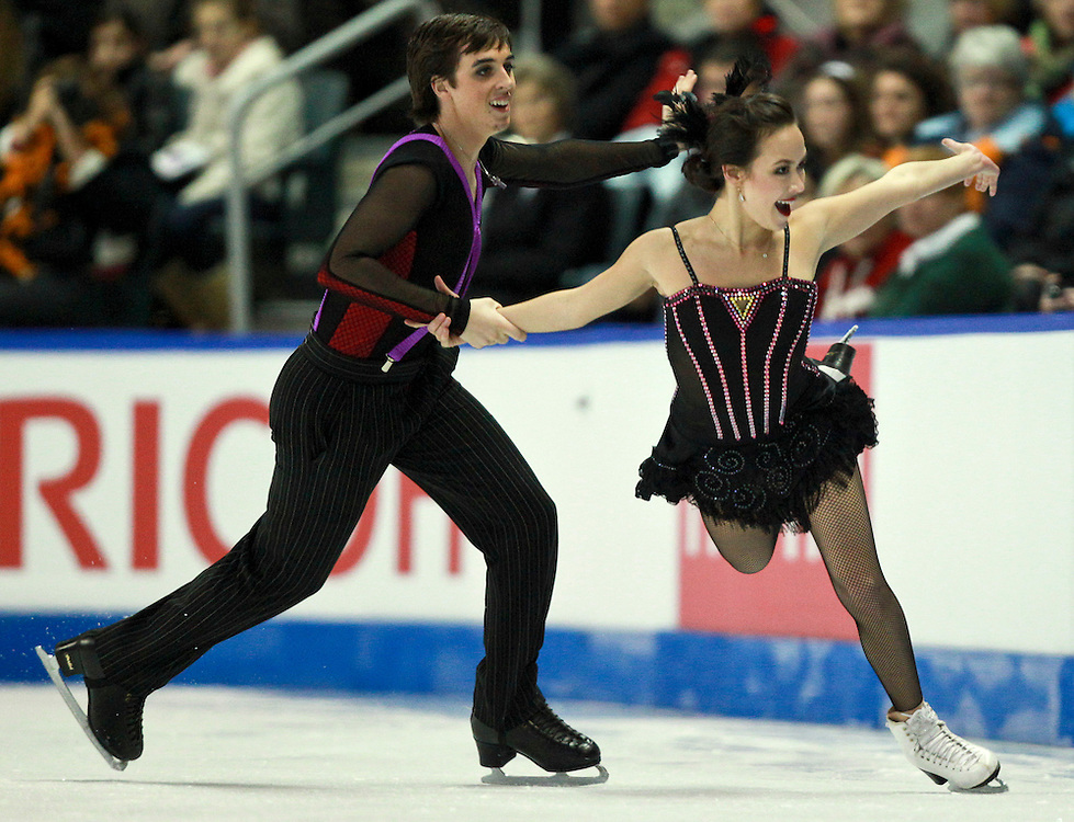 20101031 -- Kingston, Ontario -- Bronze medalists Madison Chock and Greg Zuerlein of the United States skate their free dance at Skate Canada International in Kingston, Ontario, Canada, October 31, 2010. <br /> AFP PHOTO/Geoff Robins