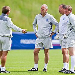 110614 England training & press