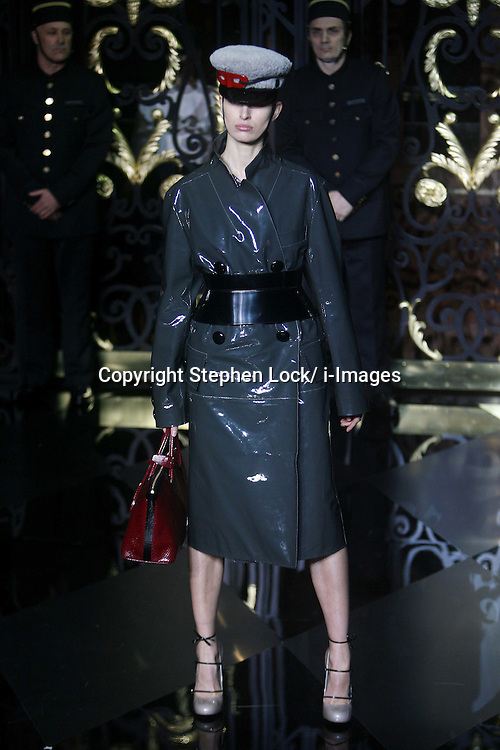 Louis Vuitton Ready to Wear Autumn/Winter 2011.  Photo by: Stephen Lock/i-Images