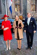 29-11-2016 DEN HAAG  - Ontvangst van Koning Filip door minister-president Rutte <br />  tijdens dag 2 van het Staatsbezoek aan Nederland van Koning Filip der Belgen vergezeld door Koningin Mathilde. Koning Willem Alexander en koningin Maxima. COPYRIGHT ROBIN UTRECHT<br /> <br /> 29-11-2016 THE HAGUE - Reception of King Philip by Prime Minister Mark Rutte<br />   during Day 2 of the State Visit to the Netherlands of King of the Belgians Filip accompanied by Queen Mathilde. King Willem Alexander and Queen Maxima. COPYRIGHT ROBIN UTRECHT<br /> <br /> 29-11-2016 DEN HAAG  - Het Koninklijk gezelschap voegt zich bij Koning Filip en minister-president Rutte in de Statenzaal voor de staatslunch Koningin Maxima en Koningin Mathilde  en Koning Willem-Alexander tijdens dag 2 van het Staatsbezoek aan Nederland van Koning Filip der Belgen vergezeld door Koningin Mathilde. Koning Willem Alexander en koningin Maxima. COPYRIGHT ROBIN UTRECHT