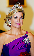 24-6-2014 WARSCHAU - King Willem-Alexander and Queen Maxima at the presidential palace for the State Banquet with president Bronisław Komorowski  and his wife Anna Komorowska during their 2 days state visit  to Poland . COPYRIGHT ROBIN UTRECHT