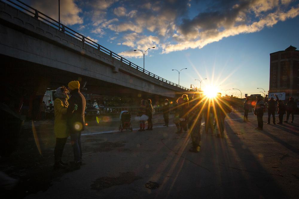 Sous le viaduc Van Horne à l'angle de Saint-Laurent, Samedi le 17 octobre 2015