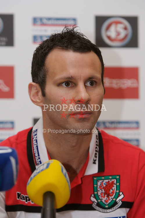 Dublin, Republic of Ireland - Friday, March 23, 2007: Wales' captain Ryan Giggs at a press conference at the Jury's Hotel ahead of the UEFA European Championship 2008 Group D qualifying match against the Republic of Ireland at Croke Park. (Pic by David Rawcliffe/Propaganda)