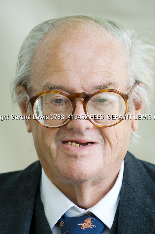 John Mortimer,author ,creator of Rumpole of The Bailey and a new novel Quite Honestly.<br /> . CREDIT Geraint Lewis