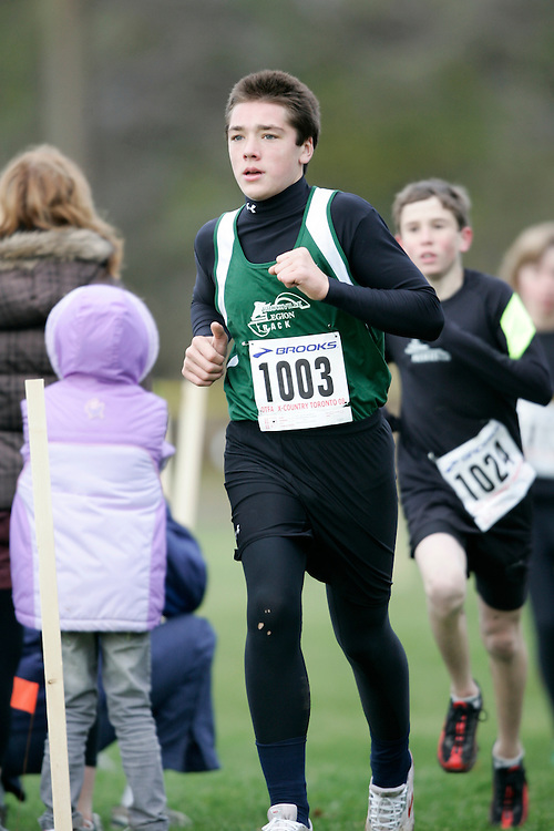 Toronto, Ontario ---16/11/08--- KENNETH KACZKOWSKI runs in the bantam boys race at the 2008 OTFA Cross Country Championships in Toronto, Ontario, November 16, 2008. .GEOFF ROBINS Mundo Sport Images