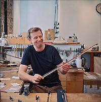 Isaac Salchow, bow maker