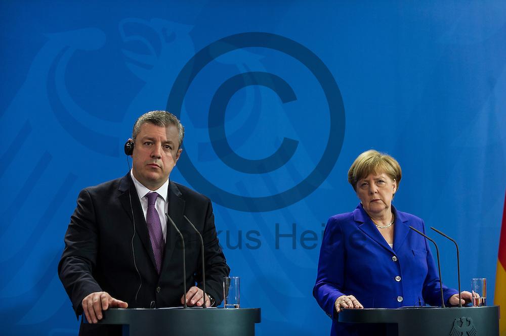 Bundeskanzlerin Angela Merkel (CDU) und der Ministerpräsident der Republik Georgien Giorgi Kwirikaschwili geben am 15.06.2016 im Bundeskanzleramt in Berlin, Deutschland ein Pressestatement nach gemeinsamen Gesprächen. Die Bundeskanzlerin empfängt den Ministerpräsidenten zu Gesprächen über die bilateralen Beziehungen, die Lage in der Südkaukasus-Region sowie die EU-Georgien-Beziehungen. Foto: Markus Heine / heineimaging