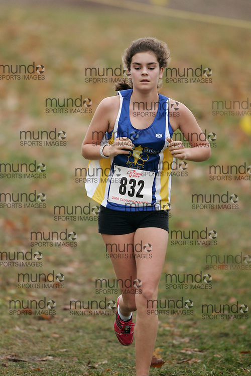 King City, Ontario ---09-11-15--- Bronwyn Richardson of the toronto olympic club competes at the Athletics Ontario Cross Country Championships in King City, Ontario, November 16, 2009..GEOFF ROBINS Mundo Sport Images