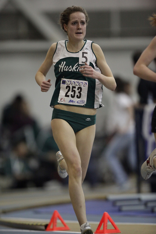 Windsor, Ontario ---13/03/09--- Jodi Souter of  the University of Saskatchewan competes in the womens 3000 meters at the CIS track and field championships in Windsor, Ontario, March 13, 2009..GEOFF ROBINS Mundo Sport Images