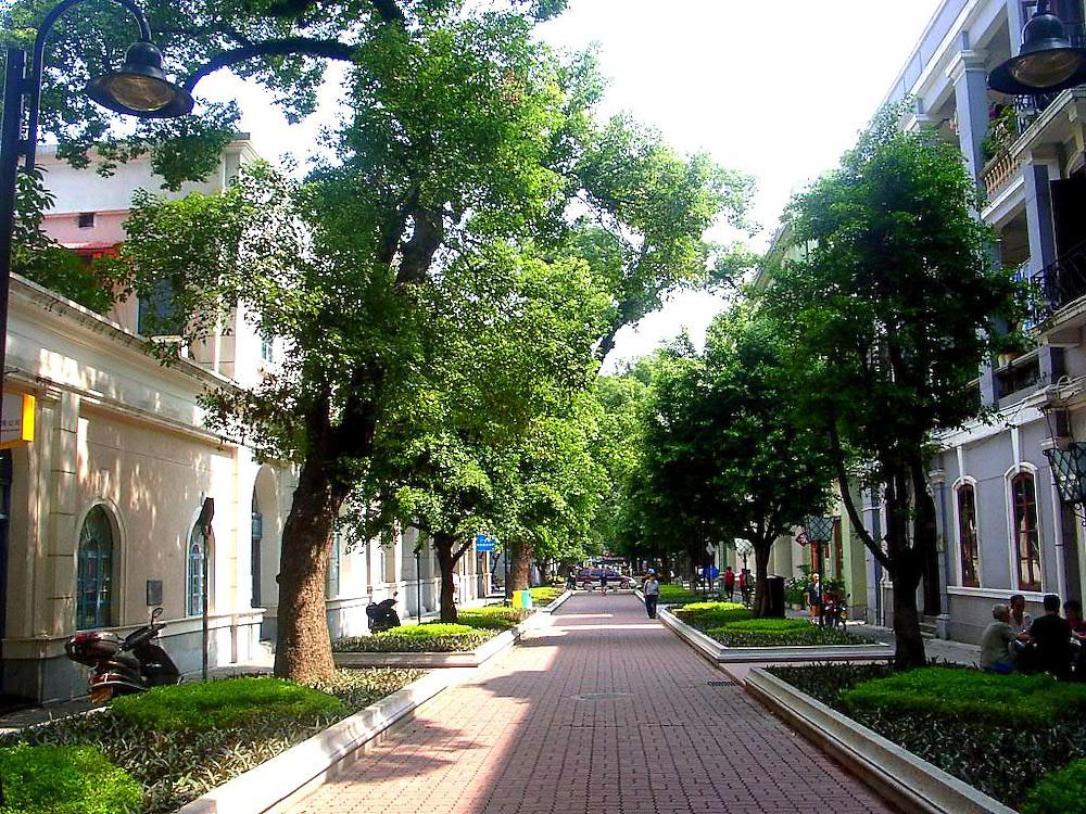 Shamian Island, former - during Qing Dynasty - diplomatic quarters, Guangzhou, China