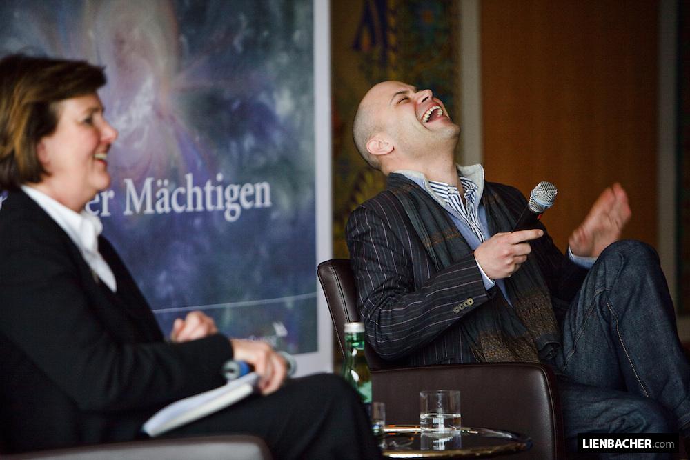 Salzburg, 7. 3. 2009, Haus für Mozart, Salzburg Kulisse: Helga Rabl-Stadler und Bejun Mehta beim Teffpunkt Festspiele. Foto: Wolfgang Lienbacher